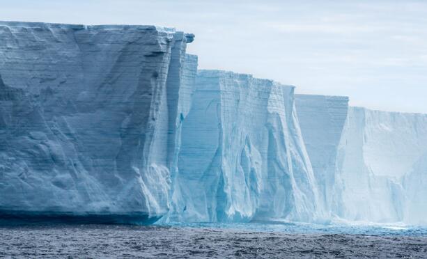 热带降雨群引起的南极东部夏季降温趋势