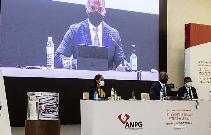 安哥拉的在岸投标回合以多个投标吸引全球兴趣