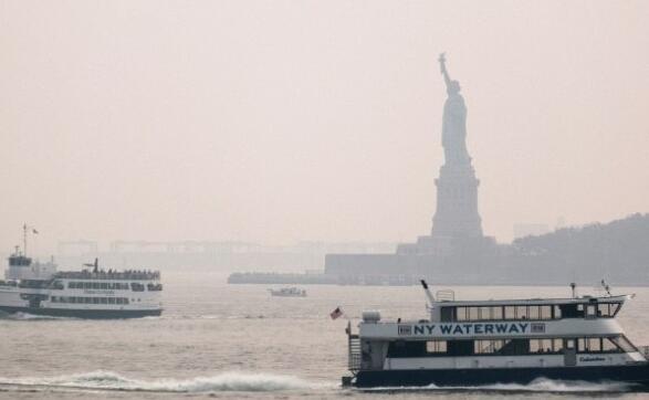 西部和加拿大野火冒烟 纽约发布污染警报