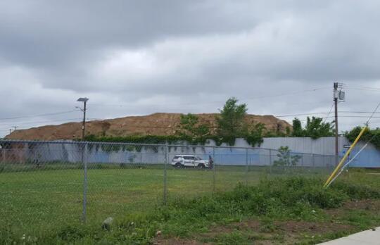 新泽西州要求法院下令清理卡姆登的大量垃圾