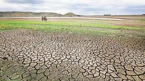 气候变化可能会削弱土壤吸收水分的能力