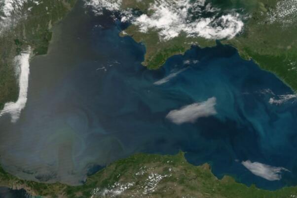 温暖的冬天正在改变黑海水域的构成