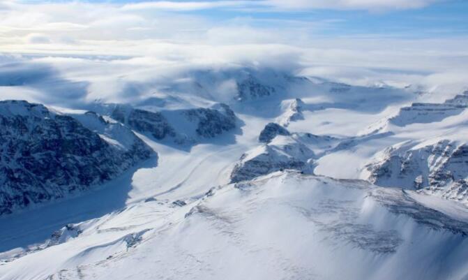 格陵兰西部冰盖对气候变化的反应最近出现逆转