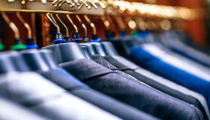 Z世代愿意租衣服以减少浪费